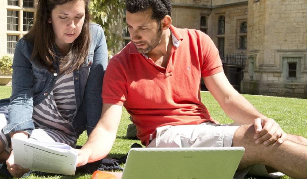 Dissertation experts uk